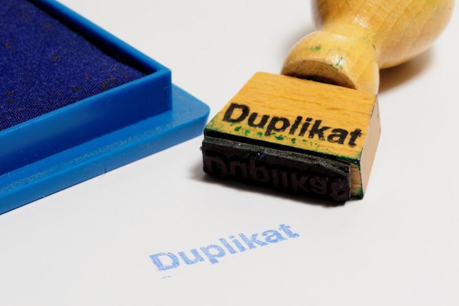 Stempel mit der Aufschrift Duplikat